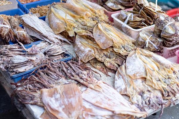 Mua hải sản khô ở Nha Trang về làm quà